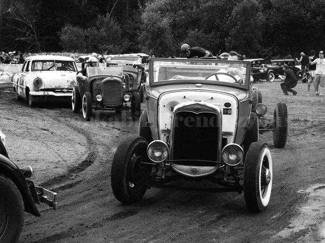 Rust-nDust-Jalopy-18072015--Rennen6